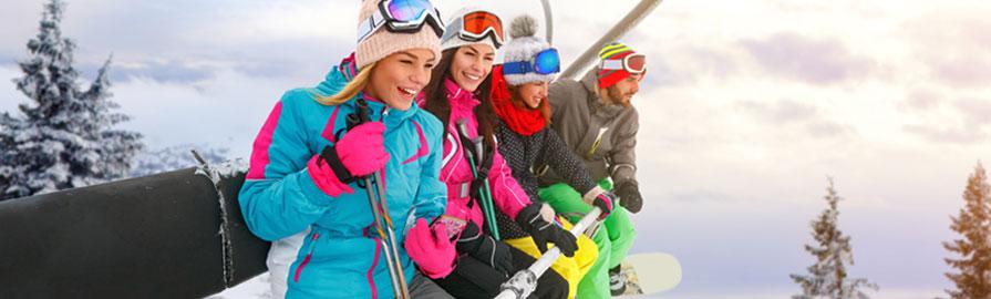 Que mettre dans sa valise pour un séjour au ski